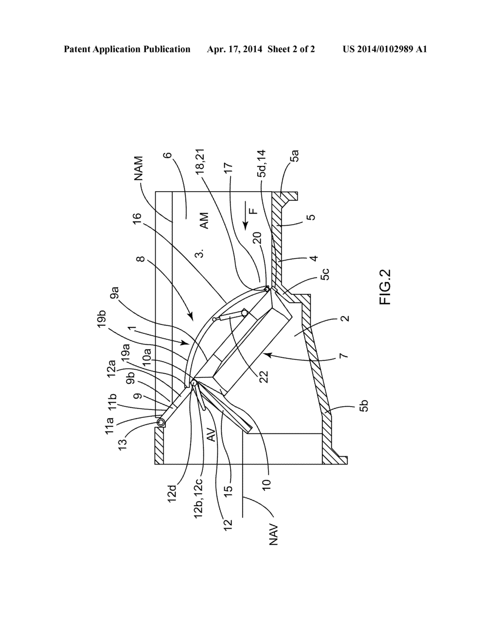 hight resolution of hydro electric power plant comprising a grating assembly for taking water into the turbine which is designed to discharge floating debris stopped by the