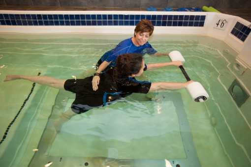 Aquatic rehab therapy in pool