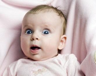 Az immunrendszer megfelelő éréséhez ugyanis csecsemőkortól kezdve szükség van mikrofertőzésekre, így elkerülhető, hogy a későbbiekben bizonyos anyagokkal szemben túlérzékennyé váljon a gyermek és allergiás legyen.
