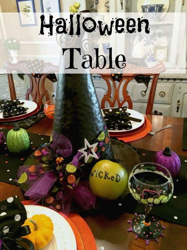 Halloween Table 9