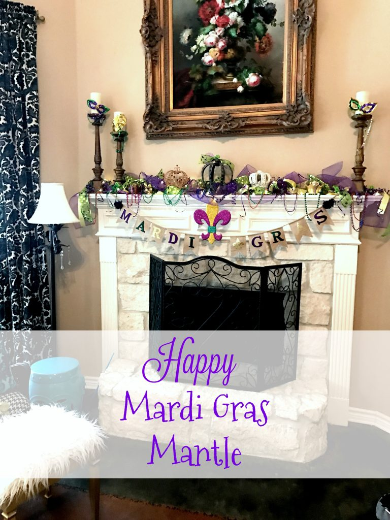 Happy Mardi Gras Mantle