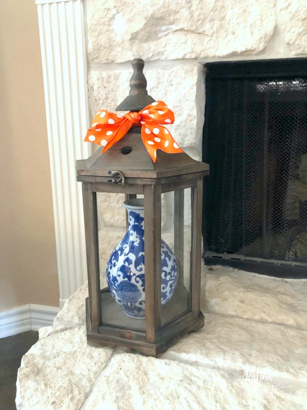Lantern, blue and white vase