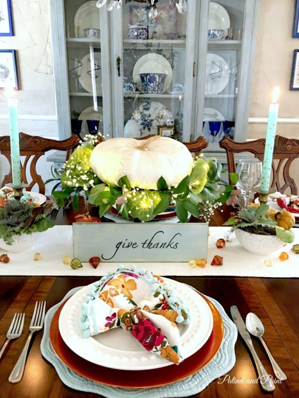 stunning-thanksgiving-vignette-20