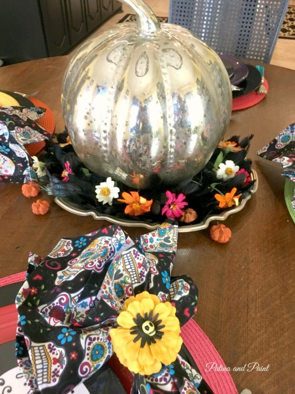 sugar-skull-halloween-table-6