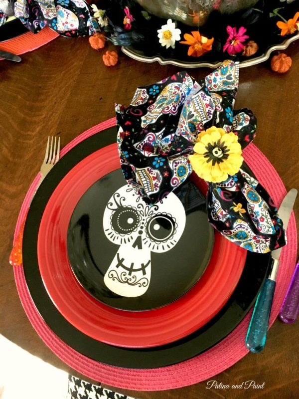 sugar-skull-halloween-table-4