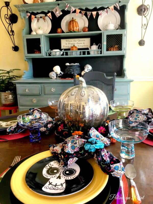 sugar-skull-halloween-table-1