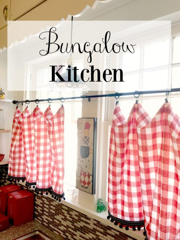 bungalow kitchen 14
