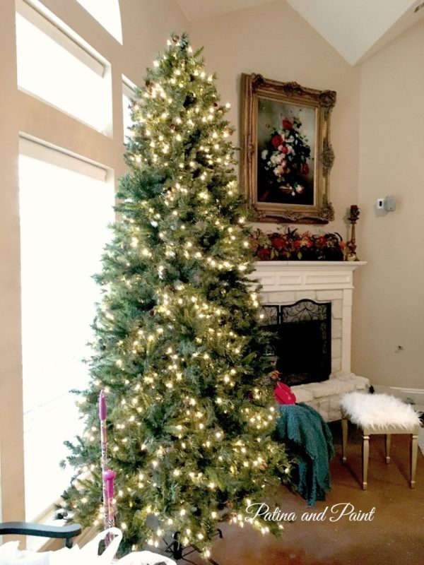 how to trim your christmas tree 12