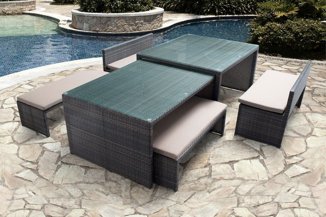 furniture essentials for your restaurant patio