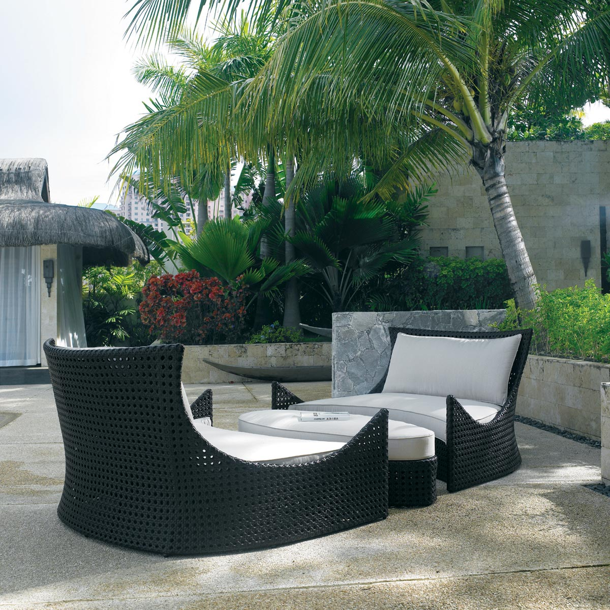 mid day nap on these outdoor patio daybeds
