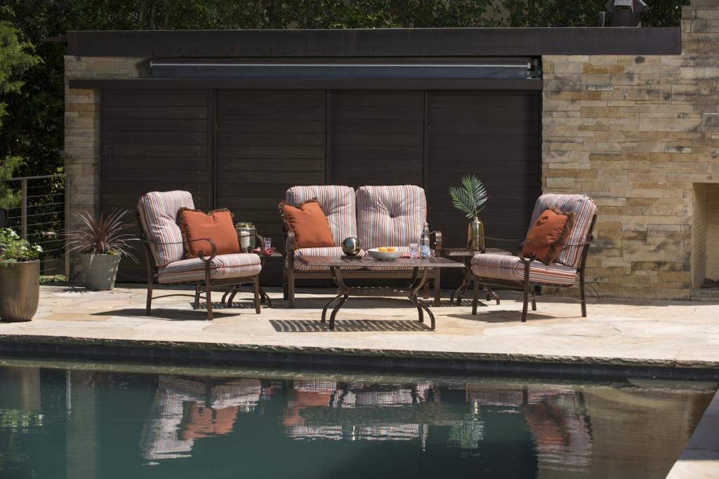 matches brown jordan patio furniture