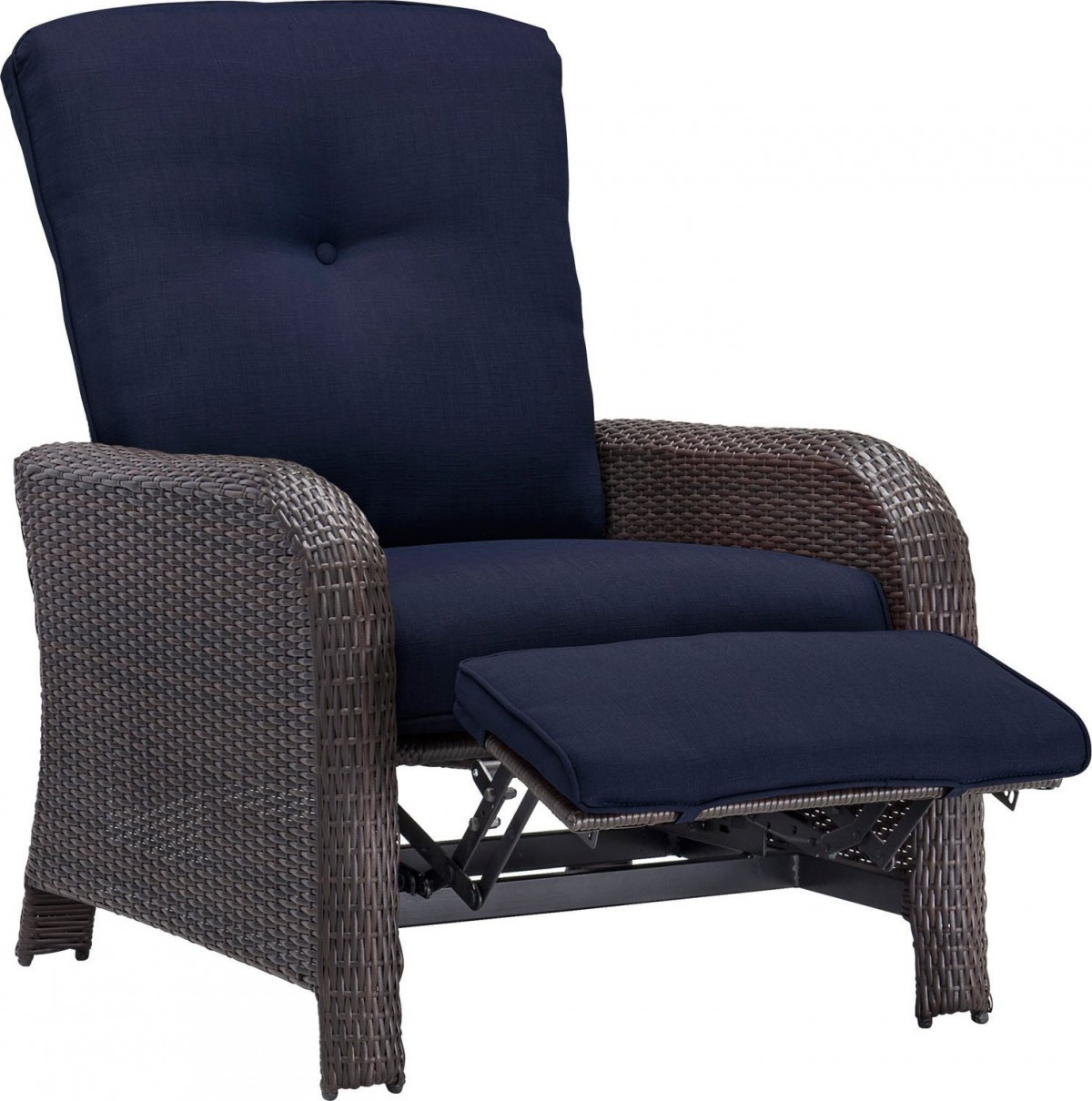 chair covers for recliners game table chairs with casters hanover strathmere luxury wicker outdoor recliner
