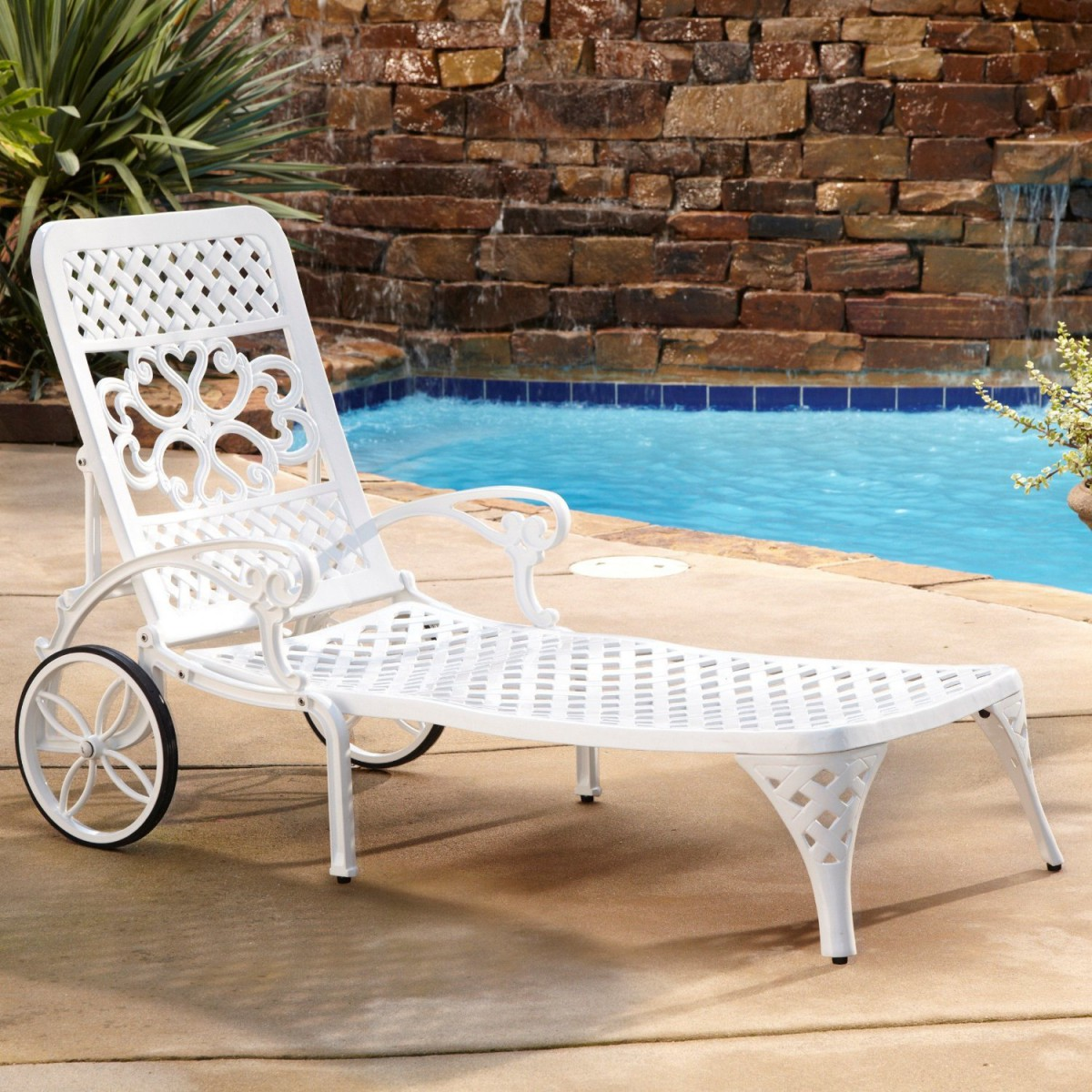 outdoor chaise lounge chairs with wheels big and tall desk chair home styles biscayne