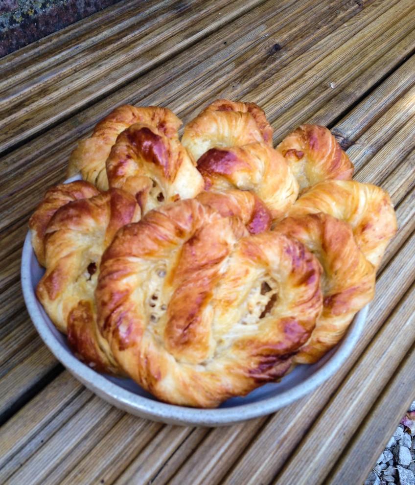 vanilla croissant2