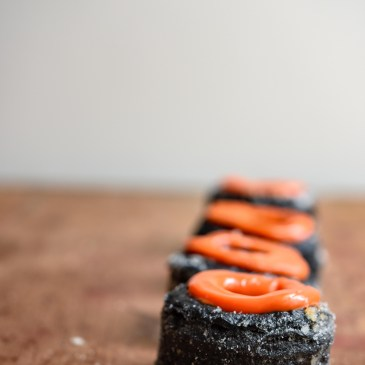 Charcoal & Blood Orange Cronuts