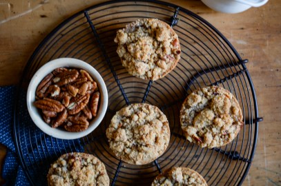 Pecan Streusel Apple Pies | Patisserie Makes Perfect