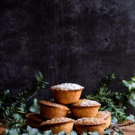 Pistachio Frangipane Mince Pies | Patisserie Make Perfect
