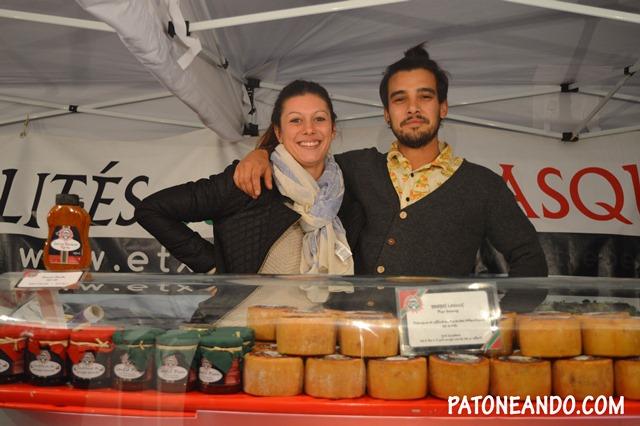 Y en los mercados también puedes encontrarte con gente dispuesta a brindarte una sonrisa :)