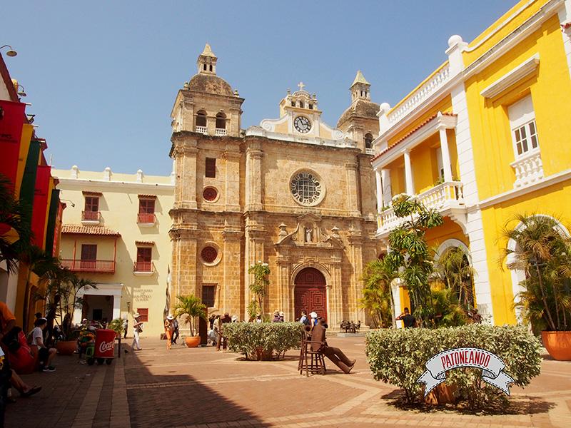 viajar a Colombia -Cartagena - Colombia-La plaza San Pedro Claver- Patoneando Blog de viajes.jpg