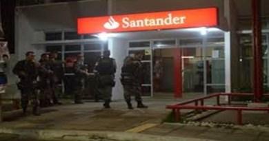 Assaltantes tentam roubar agência do Banco Santander, em Patos