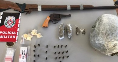 PM apreende mais de 1 quilo de maconha e armas em residência na Vila Cavalcanti em Patos
