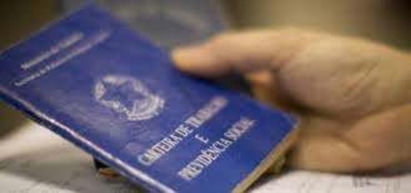 90 mil beneficiários irregulares do auxílio emergencial são identificados pelo TCU