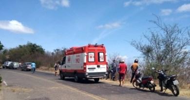 Homem morre e mulher fica ferida em acidente neste sábado na Serra de Teixeira