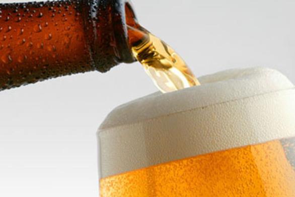 Πόση μπύρα πρέπει να πίνεται για να γίνεται εξυπνότεροι, πιο αδύνατοι και να μην έχετε πίεση;