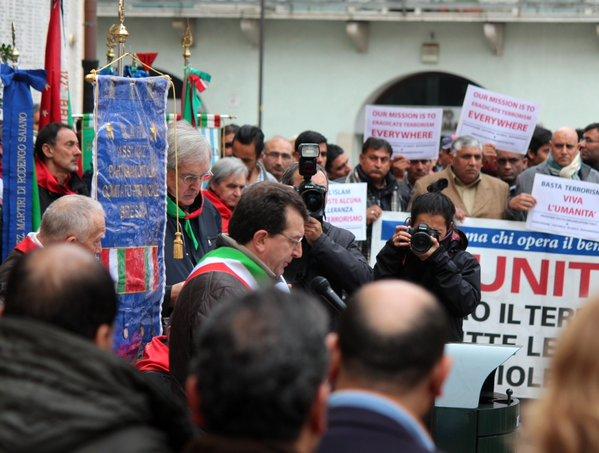 A Brescia, i Caduti di Piazza Rovetta ricordati con le vittime di Parigi