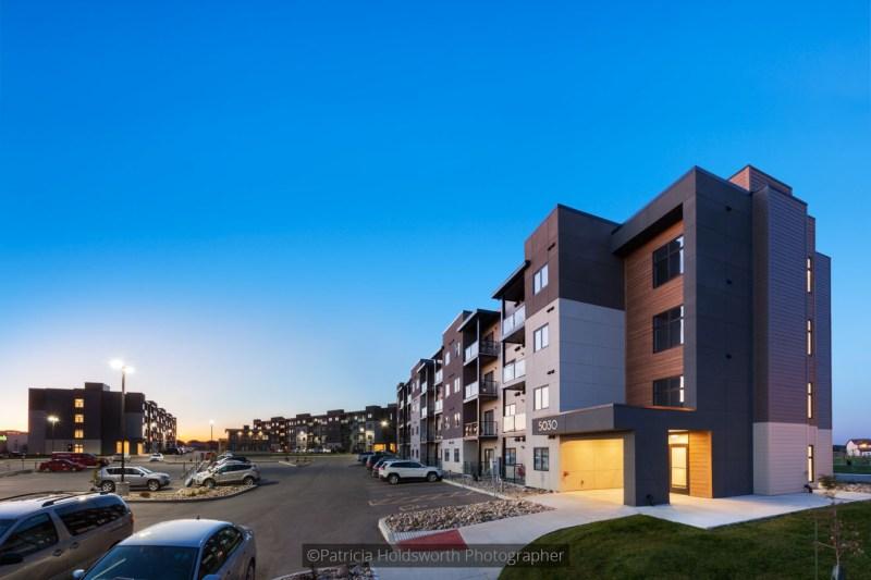 Deveraux Apartments_656