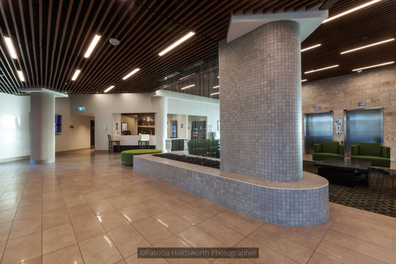Holiday Inn College Ave_8962