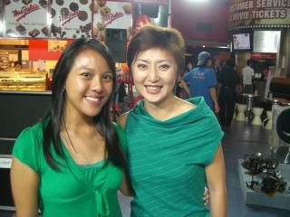 Quan Yi Feng and Lin Ru Jing