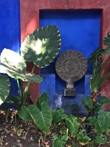 outside kahlo museum 2018