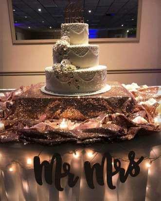 mr and mrs cake