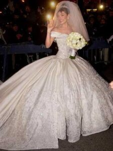 thalia1 225x300 - Vestidos de Noiva das Famosas