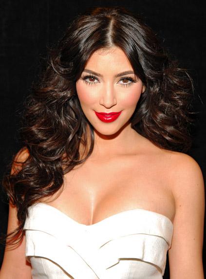 Kim Kardashian Plastic 5 - PODER NO OLHAR DE KIM KARDASHIAN