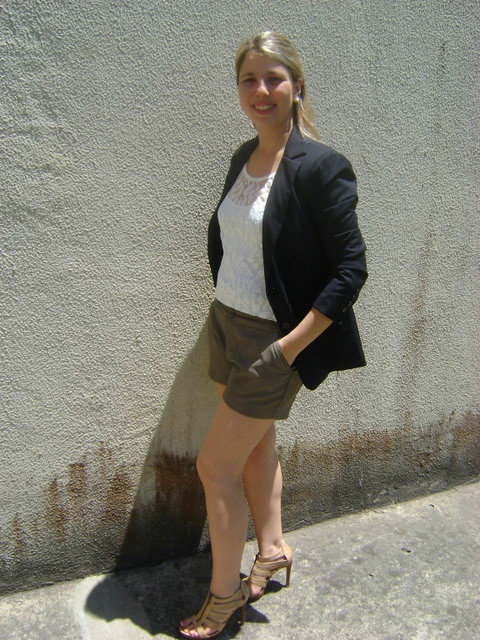 DSC01920 - LOOK DO DIA - Short de Couro e Blazer
