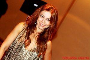 Simone Soares 300x200 - Cabelos das celebridades em 2011