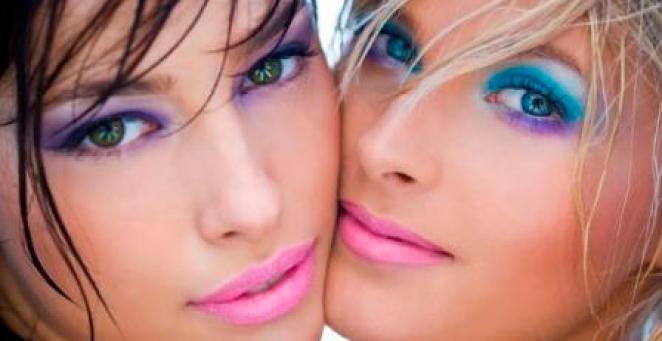 392356 DUDA MOLINOS - Maquiagem Que Não Derrete No Carnaval