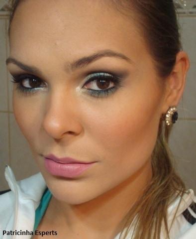 038post1 - Tutorial - Maquiagem Cintilante para Festas