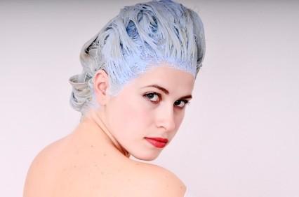 Descolorir cabelos - Truque para Equilibrar o pH dos Cabelos logo após Descolorir