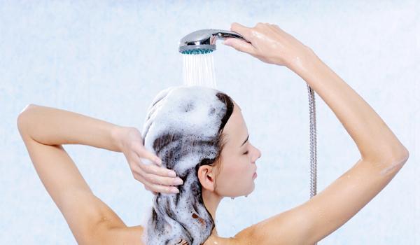 Para lavar cabelos - A Maneira Certa de Lavar os Cabelos