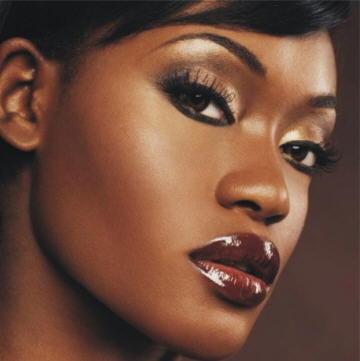 Maquiagem para pele negra - Como Maquiar Peles Negras – Escolha da Base
