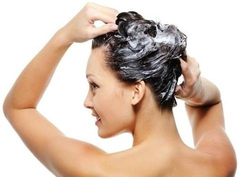 tratar cabelo casa - Como tratar o cabelo em casa sem errar na dose?