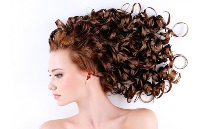 cabelos cacheados - Aprenda o jeito certo de cuidar dos cabelos cacheados
