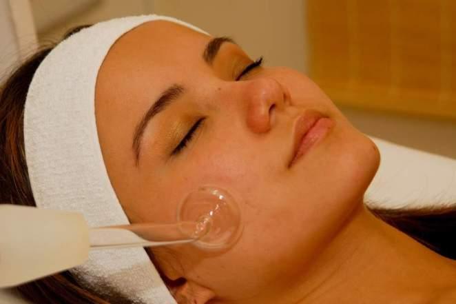 limpeza pele - Limpeza de pele sem usar as mãos e sem sentir dor!