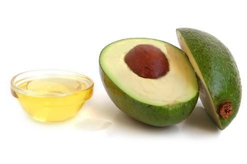 oleo de abacate2 - Óleo de Abacate Ajuda a Emagrecer e Faz Bem Para Sua Beleza!