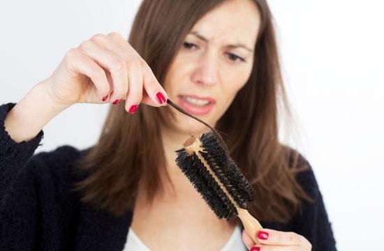 Queda cabelo - Veja como resgatar os diversos tipos de cabelos com o auxílio dos alimentos
