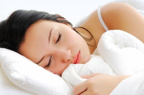 mulher dormindo grande - Como ficar bela dormindo?
