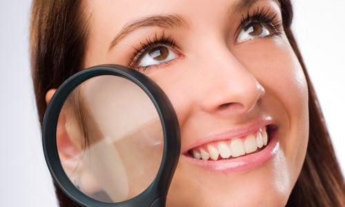poros dilatados pele rosto oleoso - Truques básicos para deixar a maquiagem como desejamos